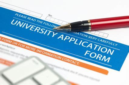 Length of college application essay